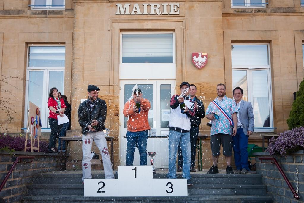 podium_023 [1024x768].jpg
