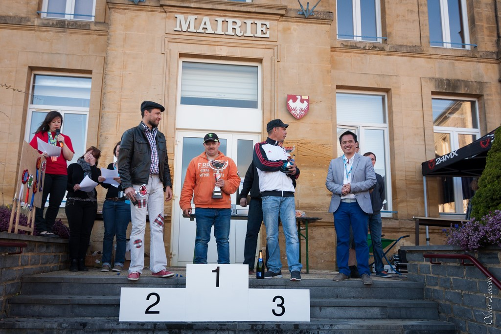podium_025 [1024x768].jpg