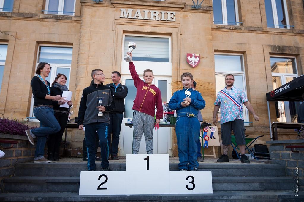 podium_008 [1024x768].jpg