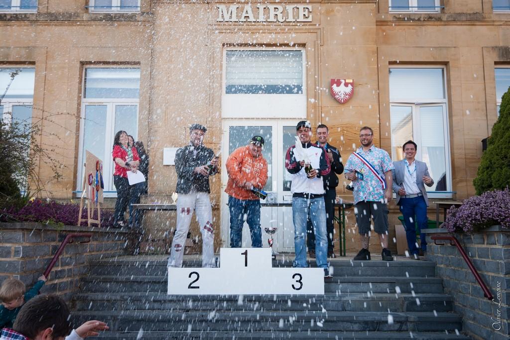 podium_021 [1024x768].jpg